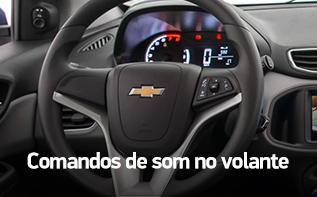 Comandos de som no volante